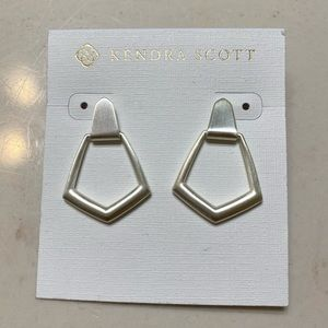 NWT Kendra Scott Paxton Silver Earrings